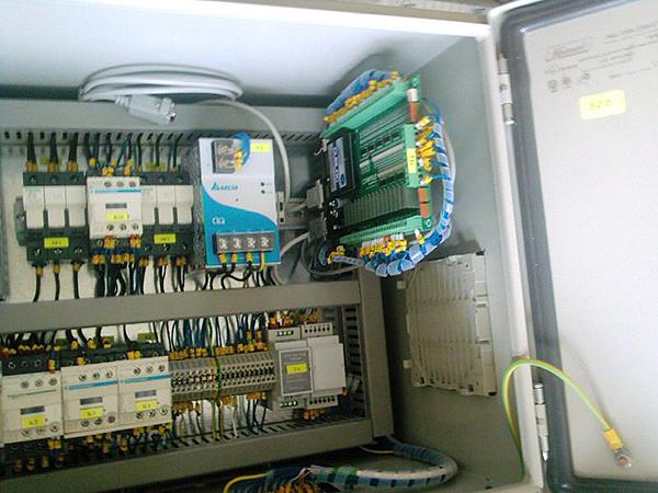Електро шкаф на телфер с тензо ос