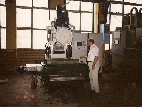 Machining center RV001