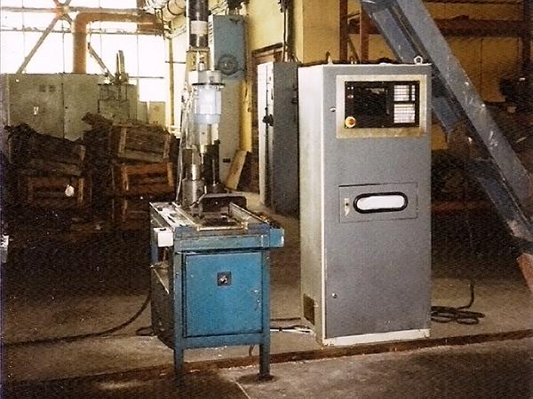 Precision drilling machine CNC